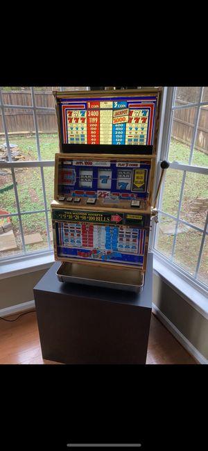 Real slot machine. Takes bills for Sale in Nashville, TN