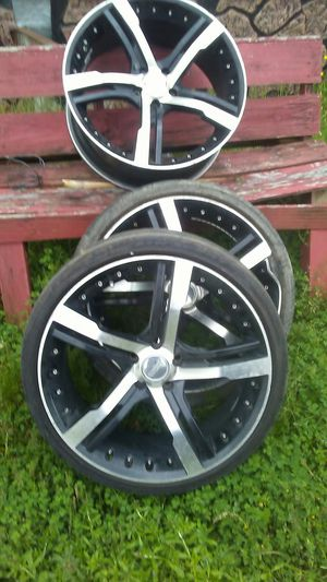 """3 20"""" 5 hole rims (one damaged) for Sale in Pine Bluff, AR"""