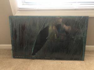 32 inch Roku TV for Sale in Smyrna, GA