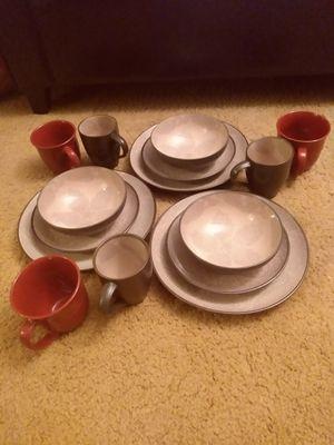 222 fifth dinnerware set of 3 for Sale in Bridgeport, CT