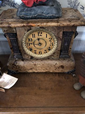 Antique Seth Thomas Mantle Clock for Sale in Suffolk, VA