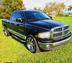 2005 Dodge RAM 1500 SLT GREAT CAR for Sale in Akron, OH