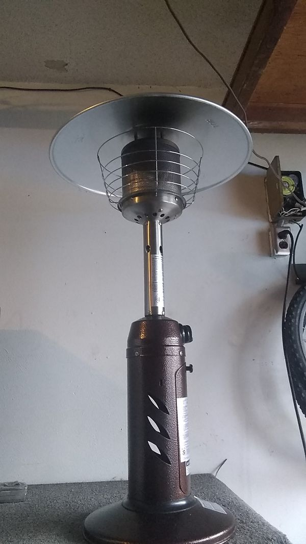 Table top propane heater like new!