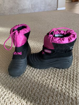 Snow boots. Girls size 2 for Sale in Rancho Cucamonga, CA