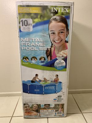 Intex 10ft x 30 in pool with 330GPH filter $420 for Sale in Chandler, AZ