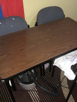 Free Table for Sale in Richmond,  CA