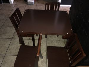 Toys r us kids table & chairs for Sale in Oakland, CA