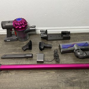 Dyson - V6 Motorhead Bagless Cordless Stick Vacuum - Fuchsia/Iron. for Sale in Hawthorne, CA
