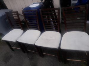 Free Chairs for Sale in Federal Way, WA
