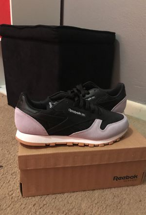 Reebok classic for Sale in St. Louis, MO