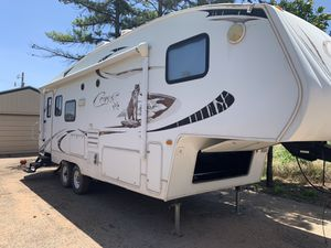 2009 Keystone Fifth Wheel for Sale in Midland, TX
