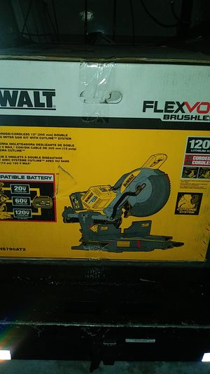 DeWalt flexvolt brushless hundred and 20 volt Max corded cordless 12in double bevel sliding miter saw kit for Sale in Anaheim, CA