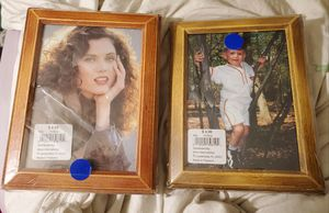 1980'S 2 WOODEN FRAMES 5X7 NEVER USED for Sale in Houston, TX