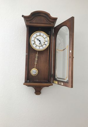 Wall clock for Sale in Las Vegas, NV