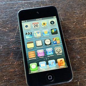 iPod Touch 4 (32 GB) + Extras for Sale in Danville, CA