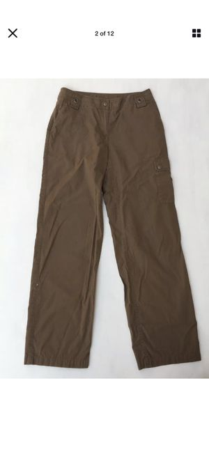 CHICO'S Brown Cargo Pants 6-Pocket Convertible 100% Cotton Sz 0 for Sale in Tempe, AZ