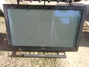 Black Panasonic 42 inch TV with remote control and 3 HDMI ports for Sale in Washington, DC