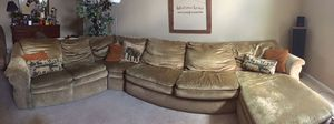 Lazy boy couch for Sale in Murfreesboro, TN