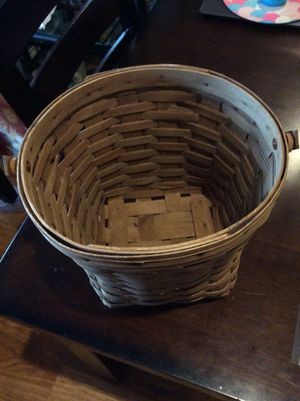 Good condition Longaberger bas for Sale in Spring, TX