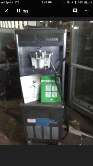Taylor. Ice cream maker for Sale in Columbus, OH