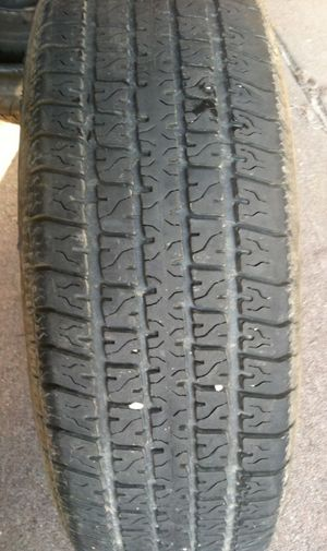 One Carlisle trailer tire ST 225 75 15 for Sale in Denver, CO