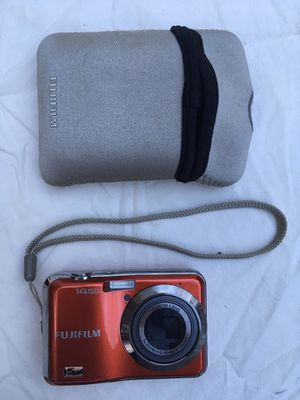 Fuji Film 14MP 5xZoom Point & Shoot Camera w/FREE case and memory card for Sale in Rancho Cucamonga, CA