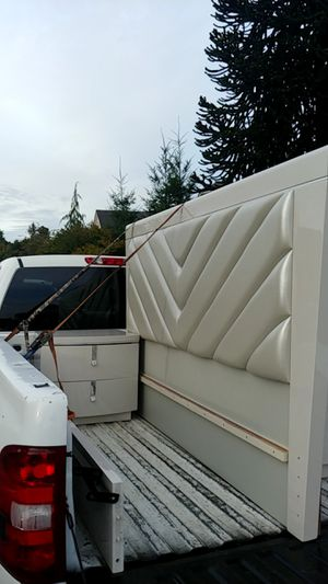 3 piece bedroom set for Sale in Everett, WA