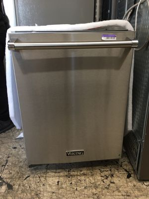 Viking stainless steel dishwasher with 3 racks for Sale in Beverly Hills, CA