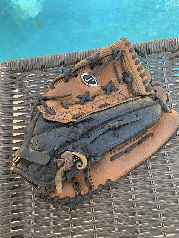 """Baseball Glove RHT 14"""""""