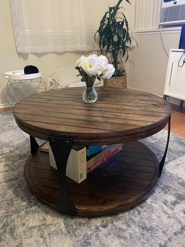 Living Spaces Blanton Round Coffee Table