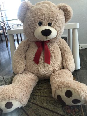 Large size Beige colored Teddy bear for Sale in Fremont, CA
