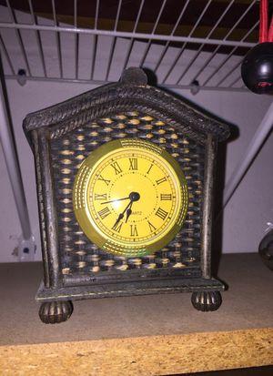 Antique clock for Sale in Thonotosassa, FL