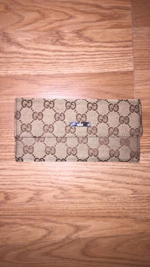 Authentic Classic Gucci Wallet for Sale in Grenada, MS