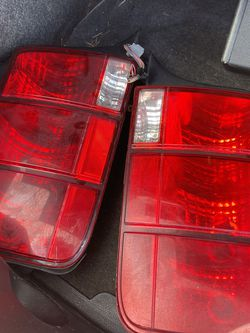 Stock 2005-2009 Ford Mustang Tail Lights for Sale in Happy Valley,  OR