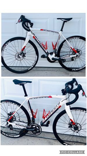Road bike Specialized Carbon Crux Disc for Sale in Las Vegas, NV