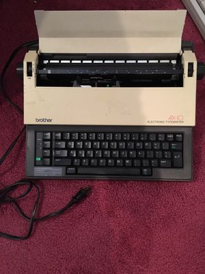 Brother typewriter for Sale in Groveland, IL