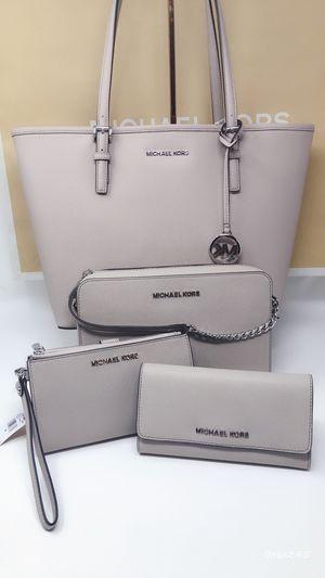 Michael kors purse wallet bundle for Sale in Wilsonville, OR