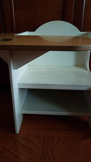 Kids desk for Sale in Indianapolis, IN