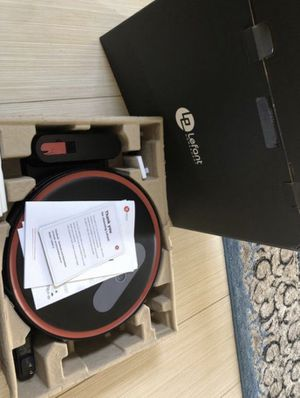 Never been used Lefant m501-b robot vacuum for Sale in Rowland Heights, CA