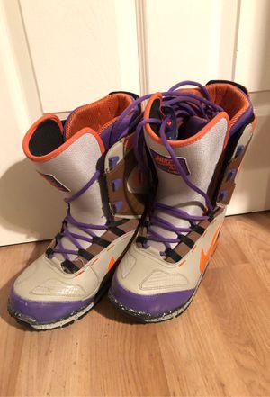 Vans Men's Size 9 Snowboard Boots, multicolor for Sale in Milpitas, CA