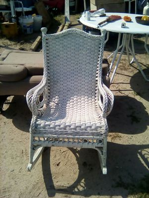 Wicker rocker for Sale in Backus, MN