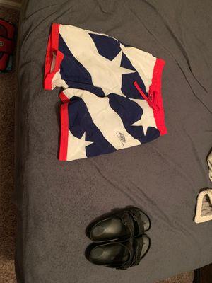 Nike Men's shorts Medium, Birkenstock's size 11 for Sale in Wichita, KS