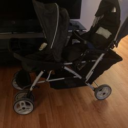 Graco Double Stroller for Sale in Concord,  CA
