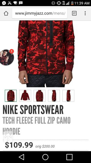 Nike tech jogging suit for Sale in Detroit, MI