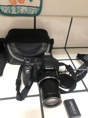 Sony cam hx100v for Sale in Newark, CA