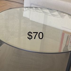 Various Furniture Items for Sale in Los Angeles, CA