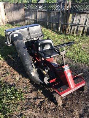 Snapper riding lawn mower with bagger attachments for Sale in Apopka, FL