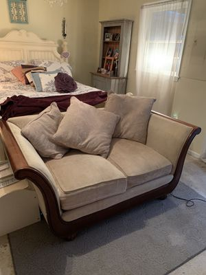 Couch for Sale in Ashburn, VA