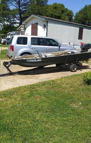 BOAT & TRAILER for Sale in Oak Point, TX
