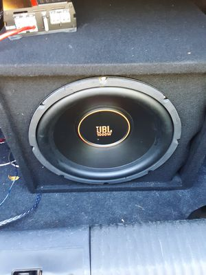 """JBL 12"""" 1000 watts Sub and amp for Sale in Peoria, IL"""